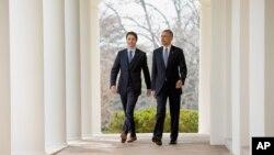 Amerika rahbari Barak Obama Vashingtonda, Oq uyda Kanada Bosh vaziri Jastin Tryudoni dabdaba bilan kutib oldi. Kanada rahbari oxirgi 19 yilda Amerikaga ilk bor kelishi.