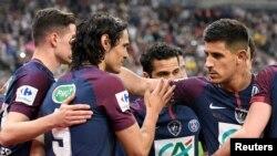 Les joueurs de Paris Saint-Germain jubilent après victoire contre les Herbiers et sacre de champion de France, au Stade de France, Paris, 8 mai 2018.