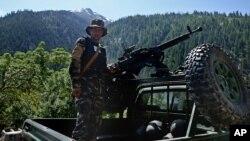 نورستان با آنکه هم مرز با پاکستان است، از امنیت نسبی برخوردار است