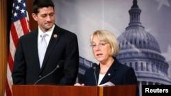2013年12月10日,众议院预算委员会主席、共和党人保罗•瑞恩(左)与参议院预算委员会主席、民主党人帕蒂•默里举行记者会,宣布达成预算协议。