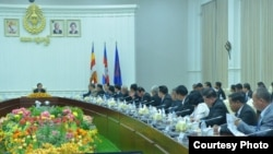 FILE - Prime Minister Hun Sen leads a meeting attended by the Supreme Council for Consultation and Recommendation at the Peace Palace in Phnom Penh, Cambodia, August 28, 2019. (Courtesy of Press and Quick Reaction Unit)