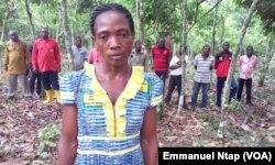 Odile Nkoussa, est une récipiendaire de l'école paysanne du village Tala 2 au Cameroun, le 25 mai 2017. (VOA/Emmanuel Ntap)