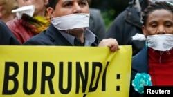 Une marche contre la répression des média au Burundi (Reuters)
