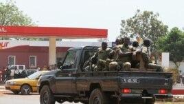 Abasirikare ba Reta ya Centrafrique Bariko Bagenzura Amabarabara yo ku Murwa Mukuru, Bangui.