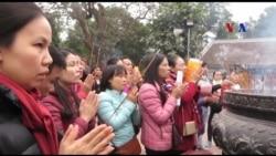Lễ và lộc ở đền Trần