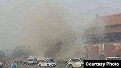 天安门遭车撞击 致5死10多人伤