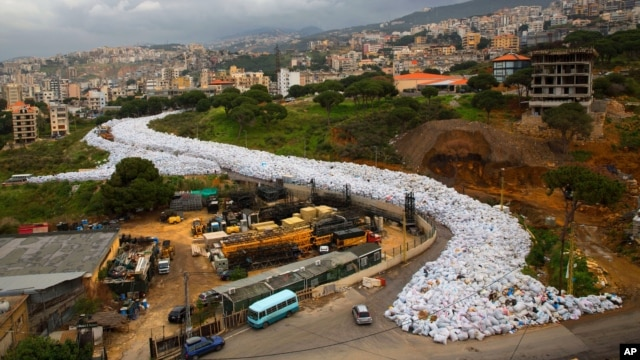A general view shows packed garbage bags on a street in Jdeideh, east Beirut, Lebanon, March 3, 2016.