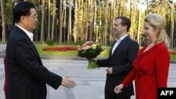 Ху Цзиньтао, Дмитрий Медведев, Светлана Медведева