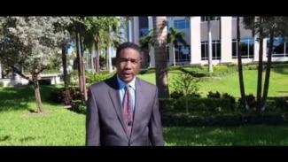 Pwotestasyon nan West Palm Beach kont depòtasyon migran ayisyen yo.