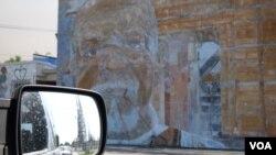 沃兹公园反映当地的萧条(美国之音国符拍摄)