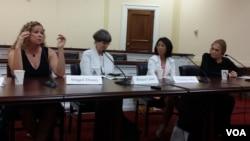 지난 5월 한반도 군사분계선을 횡단한 여성단체 '위민크로스 DMZ'가 21일 미국 의회에서 설명회를 가졌다.