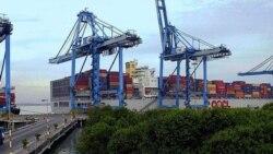مالزی دو کانتينر را در يک کشتی بمقصد ايران ضبط کرد