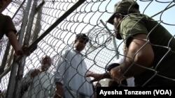 Pakistan Enforces New Border Crossing