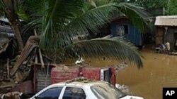 菲律賓遭熱帶風暴襲擊。