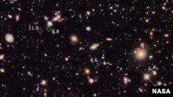 Hubble Space Telescope picture of primitive galaxies