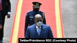 Président Félix Tshisekedi na bokomi bwa ye ba bokutani na bakambi ba bituka na Palais de la nation, Kinshasa, 28 décembre 2020. (Twitter/Présidence RDC)