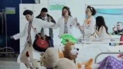 آرژانتین استخدام دلقک ها را برای بیمارستان کودکان اجباری کرد