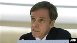 Dẫn đầu phái đoàn Hoa Kỳ năm nay là Trợ lý Ngoại trưởng về Dân chủ và Nhân quyền, ông Michael Posner