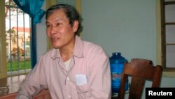 Linh mục Tadeo Nguyễn Văn Lý, 69 tuổi, bị Hà Nội kết án 4 lần với tổng cộng hơn 53 năm tù.