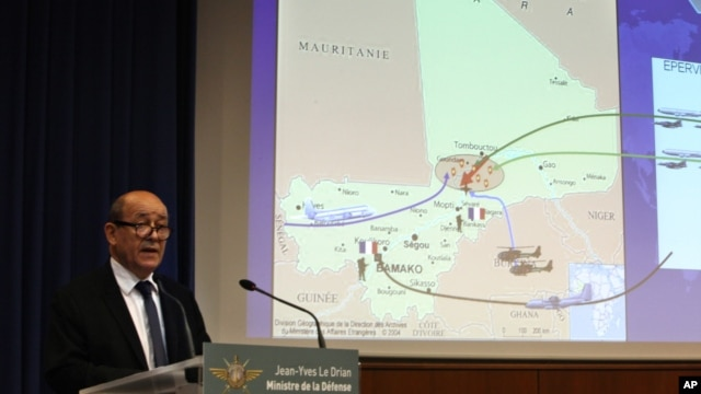 Ministro da defesa francês  Jean-Yves Le Drian explicadno intervenção no Mali