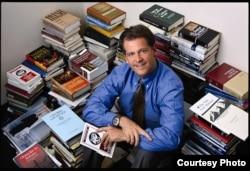 纽约弗德汉姆大学法学院教授马丁•弗莱厄蒂