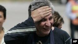 Foto de archivo del diputado Sigifredo López, en el momento en que se reunió con su familia, tras ser liberado por las FARCen 2009