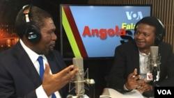 O líder da UNITA Isaías Samakuva no estúdio da VOA com o apresentador Amâncio Miguel