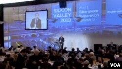 全球網絡峰會在美國召開(視頻截圖)