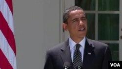 El presidente Obama hablando en el patio de la Casa Blanca luego de reunirse con la Canciller de Alemania el Despacho Oval.