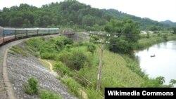 Tuyến đường sắt Bắc Nam qua tỉnh Hà Tĩnh.