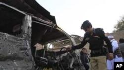 اسلام آباد:مسافر بس میں آتشزدگی سے کم ازکم دس افراد ہلاک