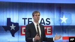 Beto O'Rourke, candidato demócrata por el Senado en Texas, durante un debate con el senador republicano, Ted Cruz. Octubre 16, 2018.