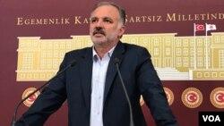 Berbijarê HDP'ê yê Qersê Ayhan Bîlgen