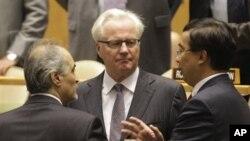Suriyeli büyükelçi Beşar Caferi, Rusya ve Çin'in BM daimi temsilcileriyle