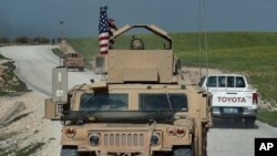 """Han surigdio interrogantes sobre el futuro de las fuezas estadounidenses en Siria, después que el presidente Donald Trump dijera que """"muy pronto"""" EE.UU. se retirará del conflicto sirio."""