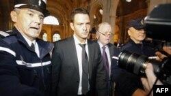 Francë, dënohet Zherom Kerviel, i shkaktoi bankës miliarda dollarë humbje