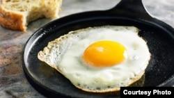 a fried egg