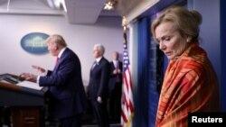 伯克斯醫生參加特朗普總統主持的白宮新冠病毒疫情每日記者會。(2020年4月3日)