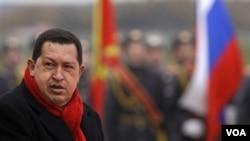 El presidente venezolano, Hugo Chávez, descalificó a los estudiantes que protestan y reclaman respuestas de su gobierno.