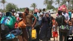 2015年5月16日伊拉克人逃离家乡拉马迪