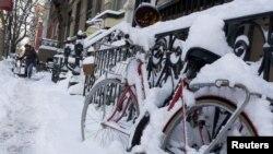 Nueva York está seriamente afectada por la ola invernal. Las zonas más críticas son las destruidas por el huracan 'Sandy'.