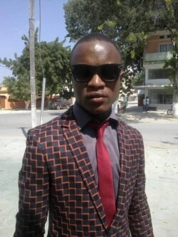 Entrevista com Domingos Chivangulula