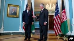دیدار وزرای خارجۀ افغانستان و ایالات متحده