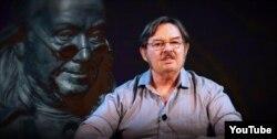 8chan owner Jim Watkins (YouTube).