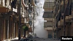 敘利亞城市阿勒頗7月31日受到攻擊﹐建築物冒出白煙。