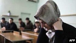 Власти Чечни и нормы женской одежды