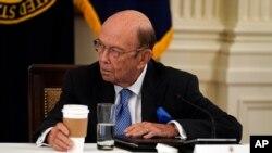 美國商務部長羅斯(Wilbur Ross)在白宮出席內閣會議。(2020年5月19日)