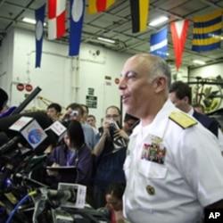 卡爾文森號航母戰鬥群指揮官佩雷茲少將