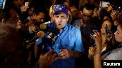 """Henrique Capriles, gobernador del estado Miranda, pidió sacar """"todos esos expedientes que están engavetados"""", de los delitos que han cometido funcionarios del gobierno de Maduro."""