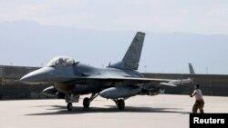 ამერიკული F-16 ავღანეთში, ბაგრამის ბაზაზე